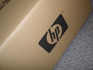 2011年7月3日HPロゴの段ボール