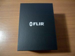FLIR ONE Proの内箱