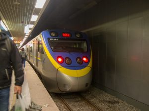 基隆駅に停車中の列車