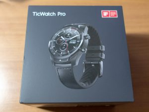 Ticwatch Proの箱
