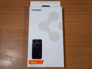 Pixel 4a用のSpigenのケースの箱