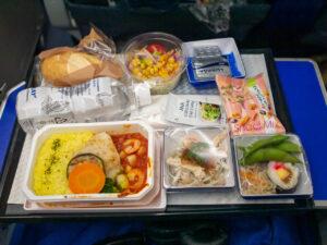 行きの1回目の機内食