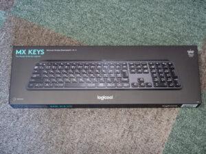 Logicool MX KEYSの箱